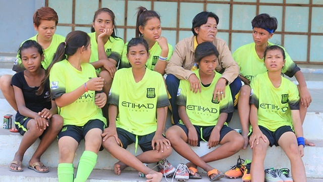 Cambodian Lesbian 100