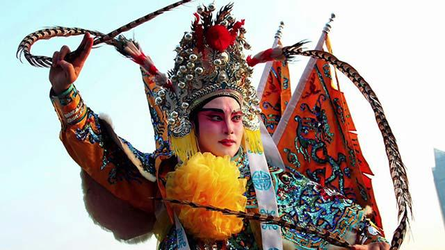 Unveiling-The-Mask-Of-Chinese-Opera-SS_01-krk.jpg