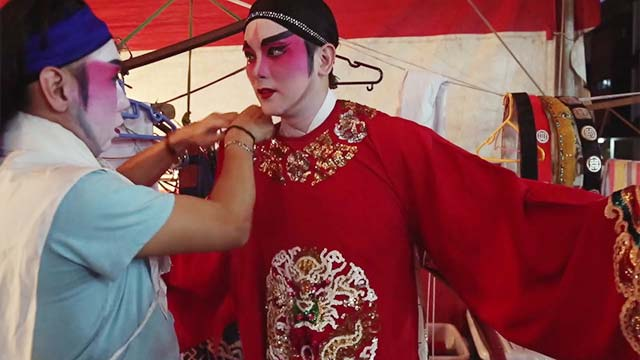 Unveiling-The-Mask-Of-Chinese-Opera-SS_09-krk.jpg