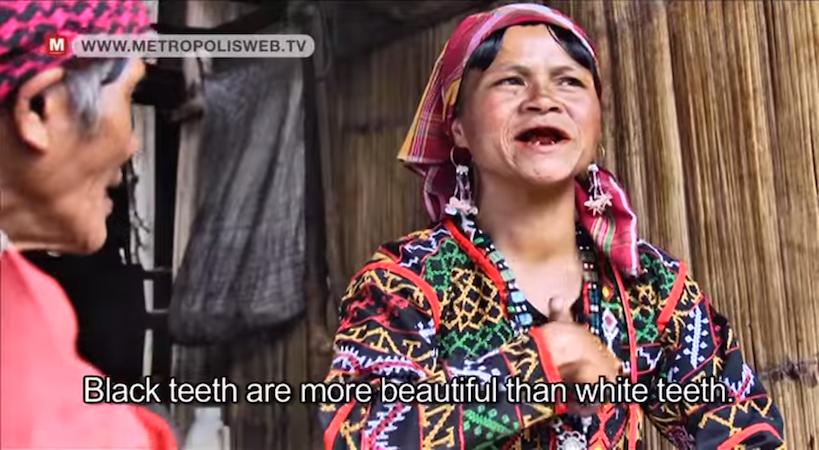 Blaan-women-Black-teeth